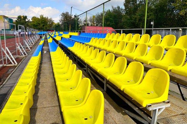 Сине-жёлтая Москва: Городские объекты вцветах флага Украины. Изображение № 7.