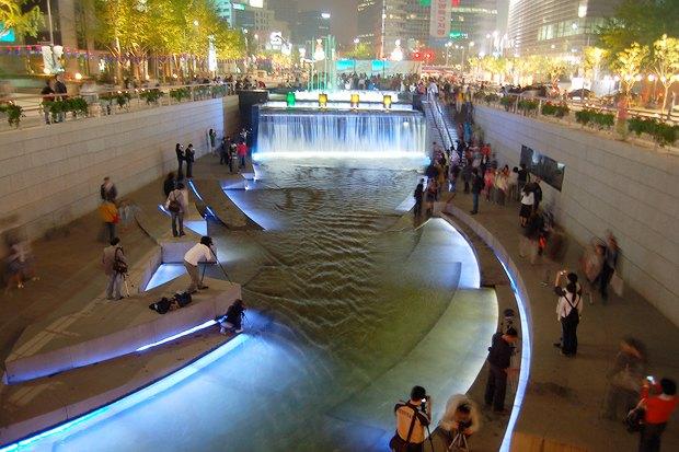 Иностранный опыт: Раскопанная река в Сеуле. Изображение № 20.