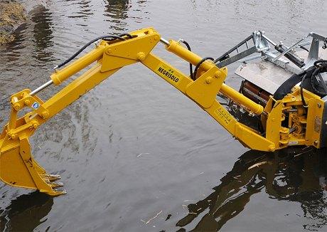 Чистить водоёмы теперь будет специальная машина. Изображение № 4.