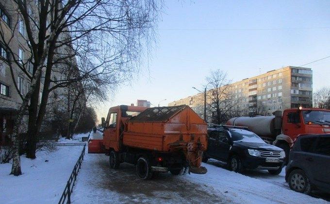 МЧС: НаПетербург надвигается снежный шторм