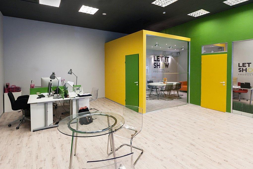 Офис Let It Show Production в ДК Ленсовета. Изображение № 3.