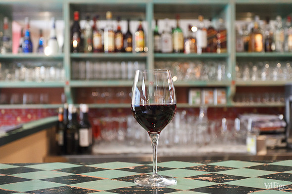 Вино красное Тини Неро д'Авола Сицилия — 190 рублей за бокал. Изображение № 29.