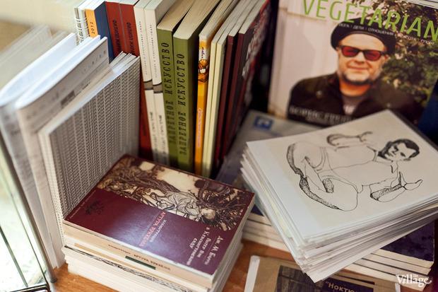 Раскадровка: 6 магазинов илавок с комиксами вПетербурге. Изображение № 86.
