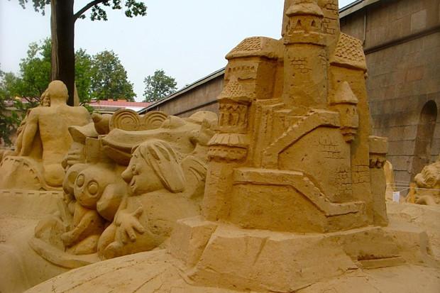 На пляже Петропавловки в выходные начнут строить песчаные скульптуры . Изображение № 4.