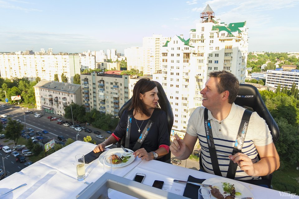 Фоторепортаж: Dinner in the Sky в Киеве. Зображення № 11.