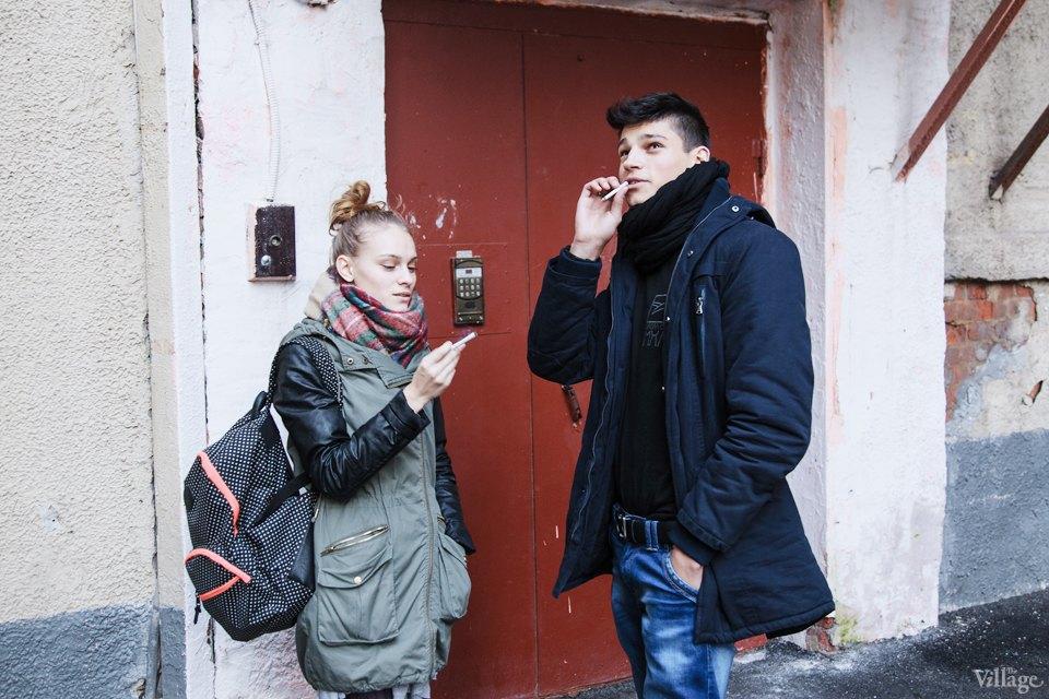 Люди в городе: Кто курит возле офисных центров. Изображение № 3.