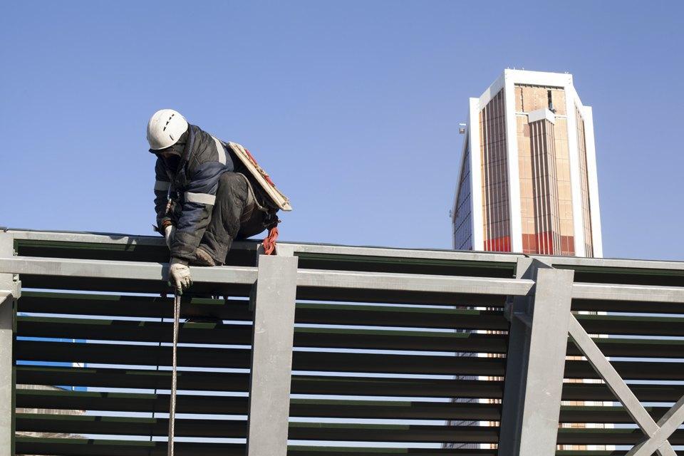 Как моют окна насмотровой площадке «Москва-Сити». Изображение № 2.