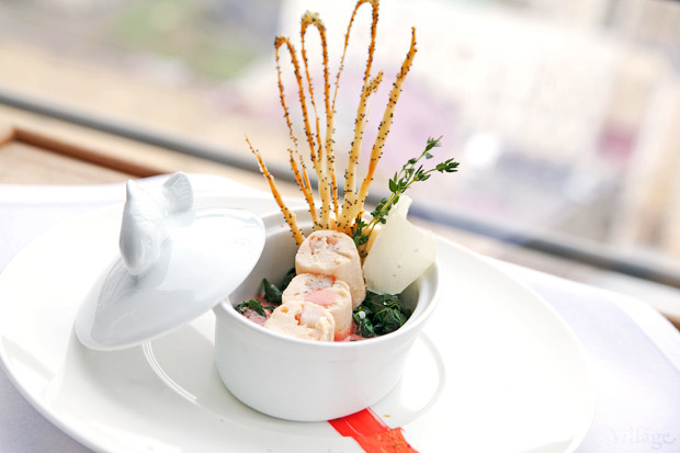 Мусс из лосося, запечённый со шпинатом под соусом «Шафран», 240 г — 99 грн.. Изображение № 23.