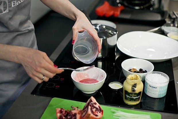 Шеф дома: Ростбиф-салат и тыквенная каша Мириам Сехон. Изображение № 40.