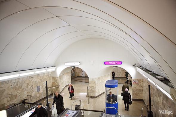 На новой станции метро «Адмиралтейская» уже произошло несколько аварийных остановок эскалатора. Изображение № 13.