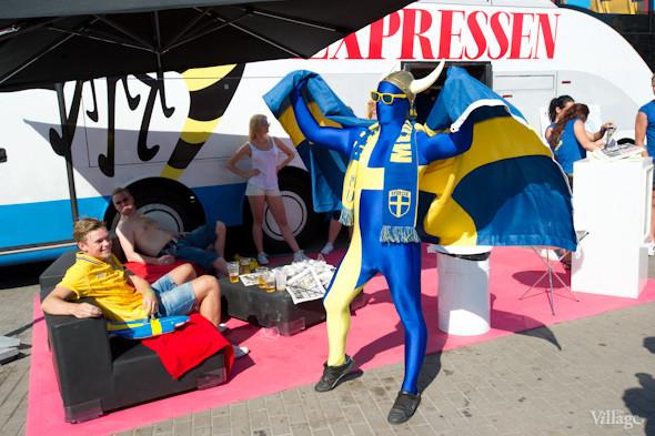 По домам: Шведы прощаются с Киевом. Зображення № 12.