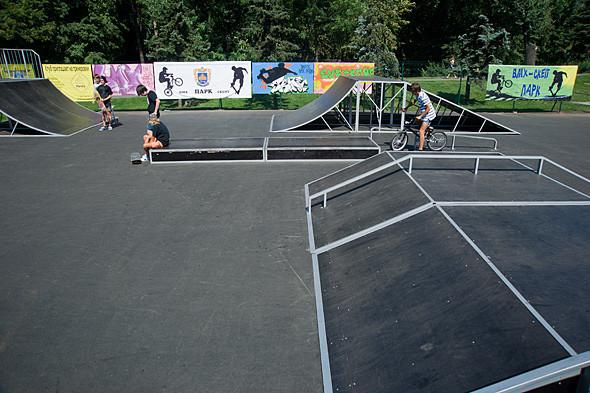На Нивках открылся первый скейт-парк. Зображення № 6.