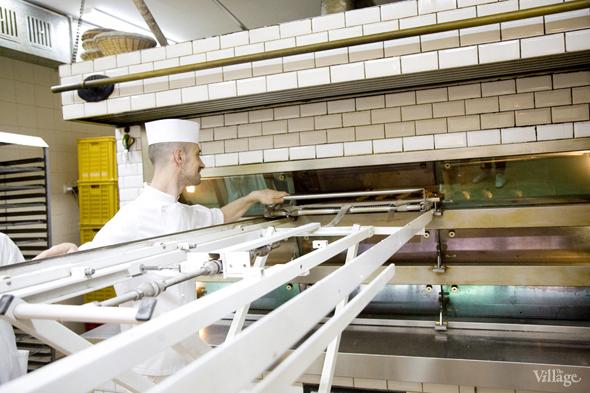 Фоторепортаж с кухни: Как пекут хлеб в «Волконском». Изображение № 25.