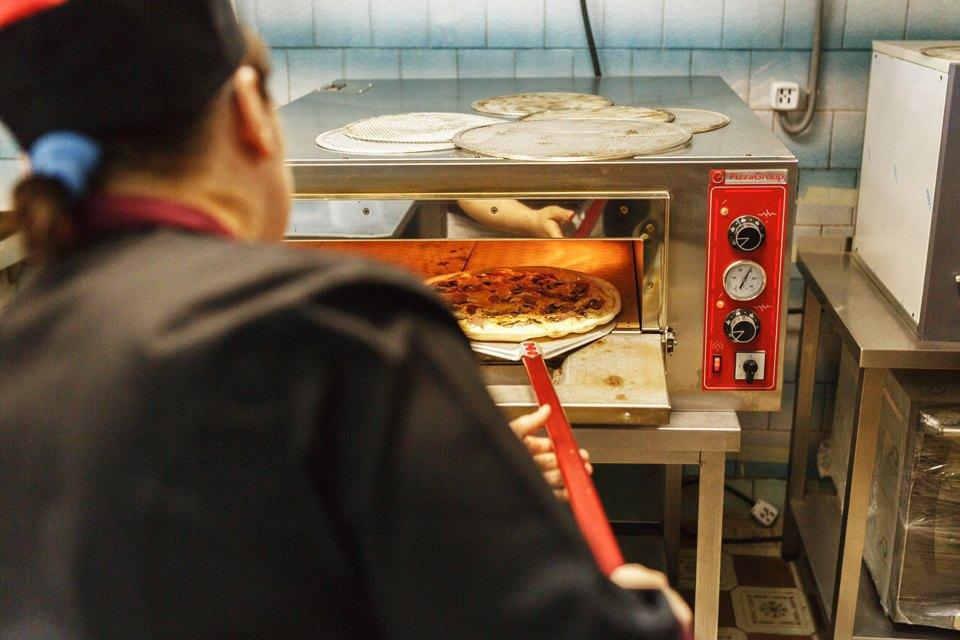 Как трое друзей запустили локальную доставку пиццы «Провинция». Изображение № 14.