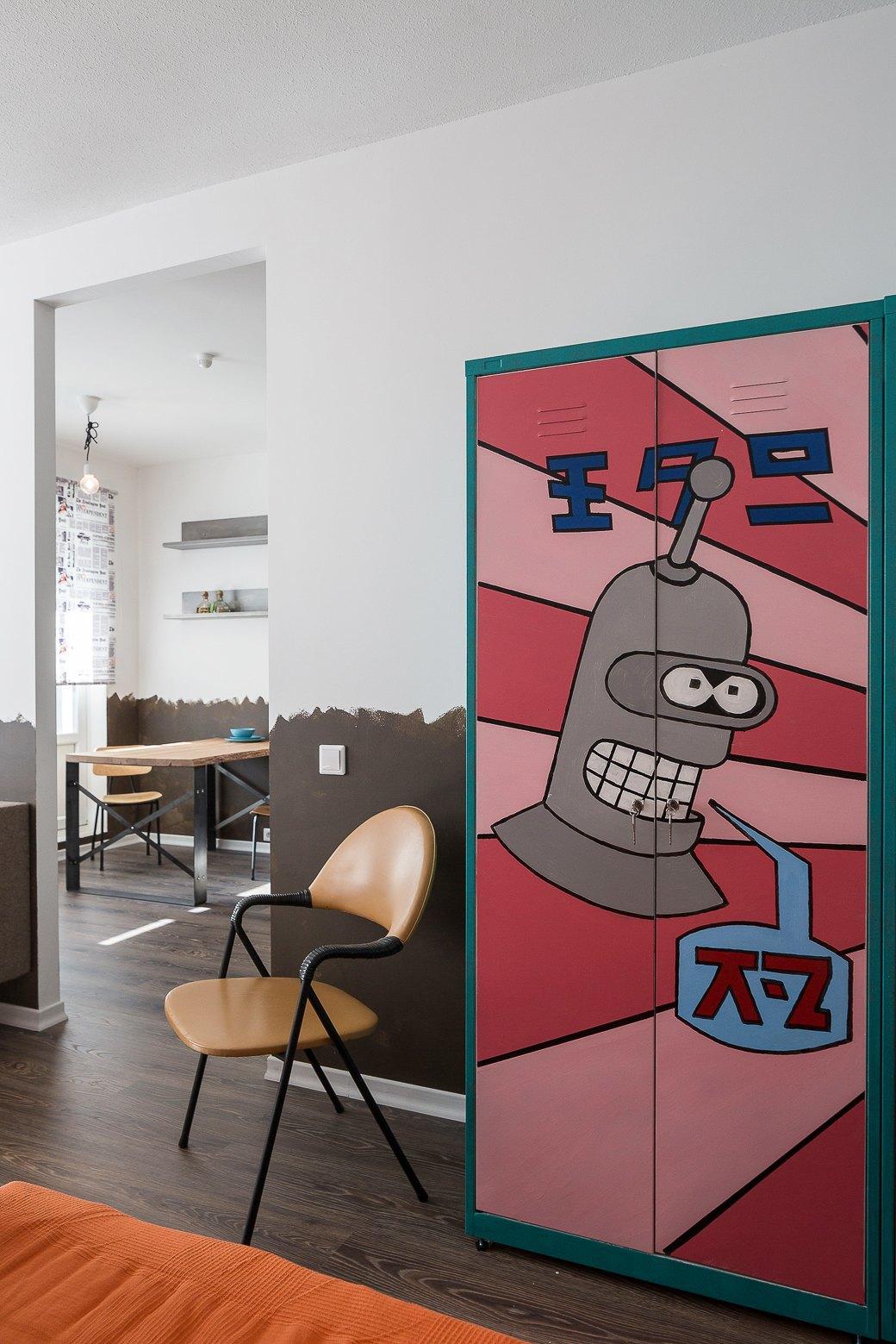 Компактная квартира вДевяткино сбарной стойкой ивинтажными элементами . Изображение № 12.