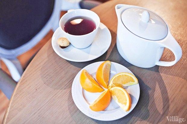 Напиток из базилика (подается с дольками апельсина) — 300 рублей. Изображение № 19.