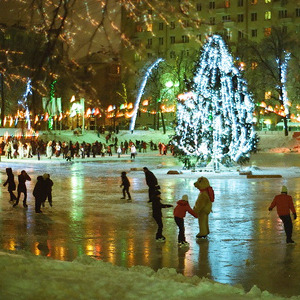 Планы на зиму: 10 катков вцентре Москвы. Изображение №5.