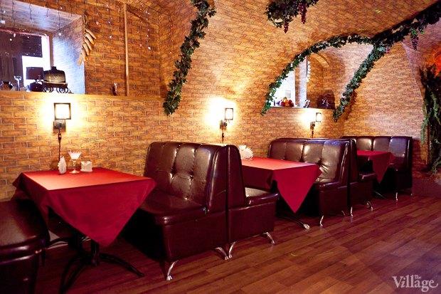 Все свои: Грузинский кафе-бар наКадетской. Изображение № 6.