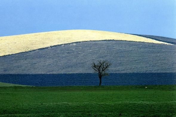 Выставку работ Франко Фонтаны покажут в «Росфото». Изображение № 6.