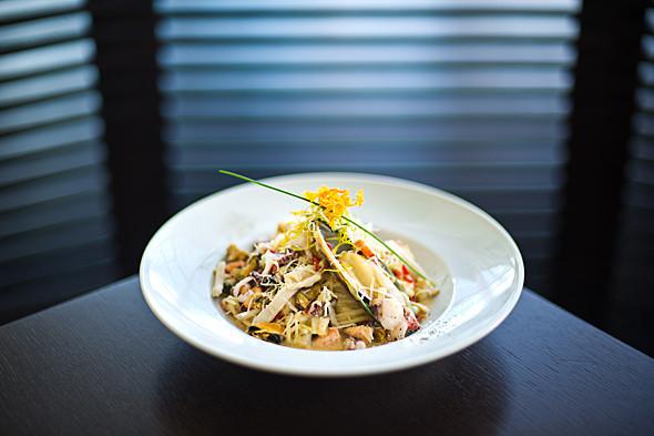 Паста «Маринара»: морепродукты, сливочный соус — 158 грн, 350 г.. Изображение № 25.