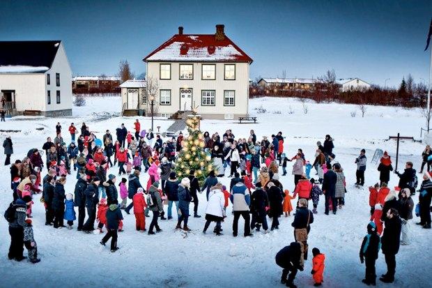 Дневник города: Рождество вРейкьявике. Изображение №1.