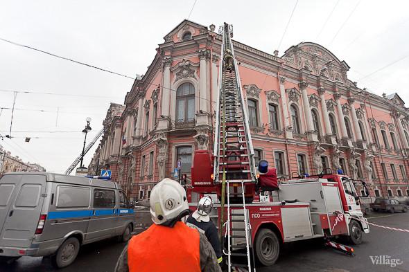 В Петербурге горел дворец Белосельских-Белозерских. Изображение № 13.