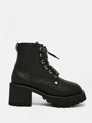 33 пары женской обуви на зиму. Изображение № 15.