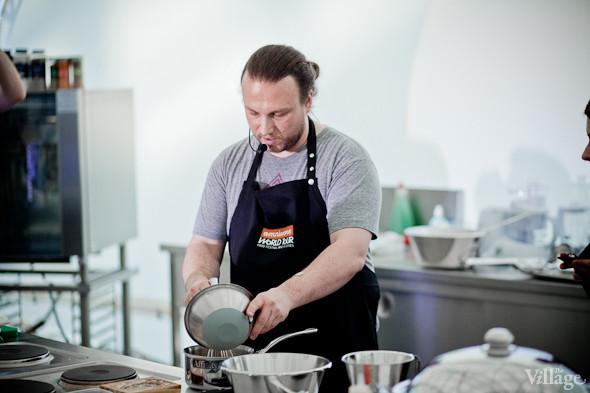 Omnivore Food Festival: Иван Шишкин готовит пеммикан и черемуховые полбяные пряники. Изображение № 12.