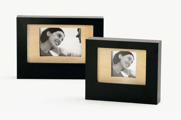 Вещи для дома: 23 рамки для фотографий. Изображение №13.