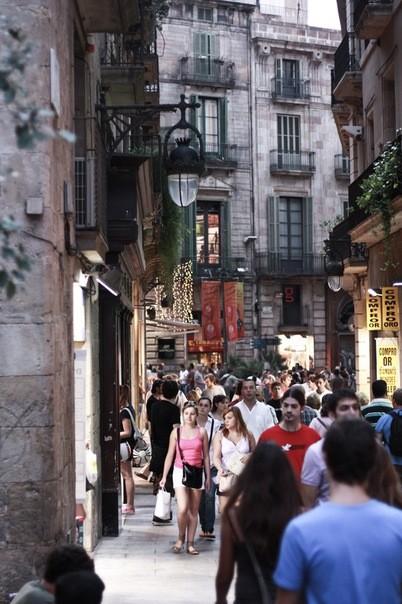 Улицы Барселоны. Изображение № 11.