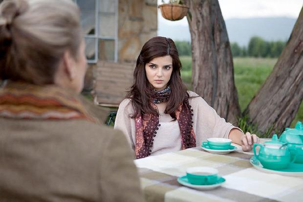 «Бункер», испанский триллер о девушке, начавшей встречаться со зловещим дирижёром. Изображение №1.