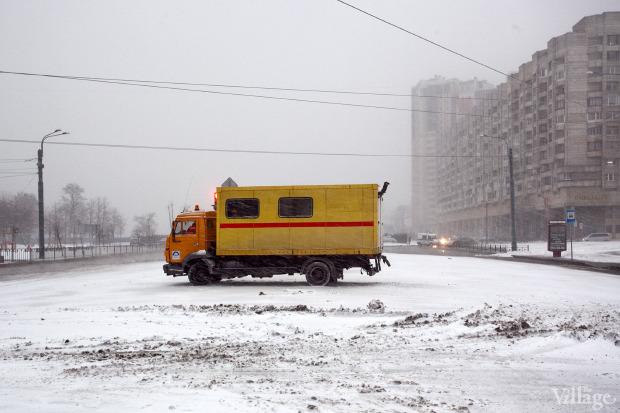Фоторепортаж: Прорыв труб на «Приморской». Изображение № 3.