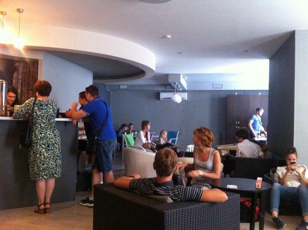 Нанабережной канала Грибоедова открылся кафе-бар Siberia. Изображение № 2.