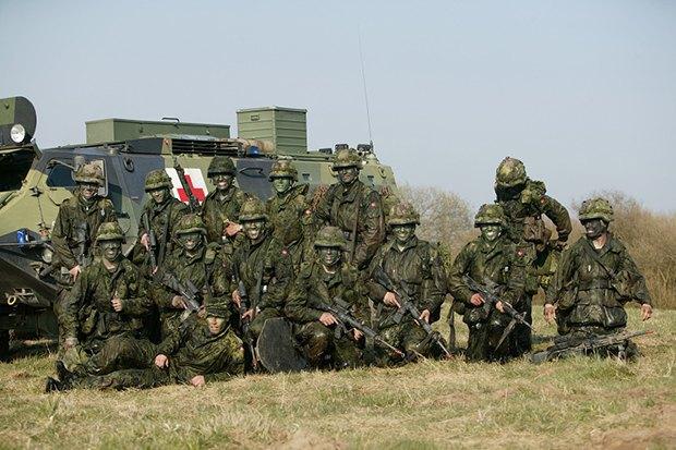 Как у них: Жители Израиля, Дании, Германии, Греции, США — о службе в армии. Изображение № 17.