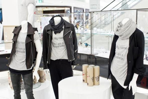 Fashion's Night Out 2010. Изображение № 2.
