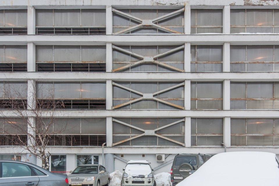 Архитектор Михаил Князев — осамых необычных автомобильных гаражах Москвы. Изображение № 16.