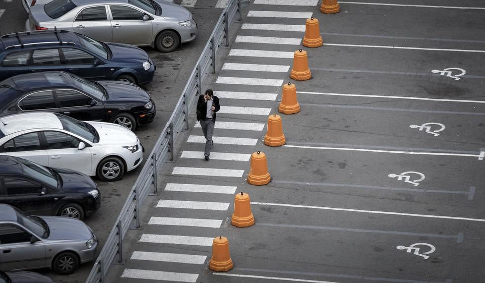Камера наблюдения: Москва глазами Сергея Пономарёва. Изображение №17.