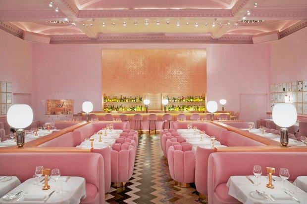 Лондонский ресторан Sketch периодически обновляется приглашённым художником. Этот вариант 2015 года сделал художник Дэвид Шрингли и дизайнер Индия Мадави.. Изображение № 5.