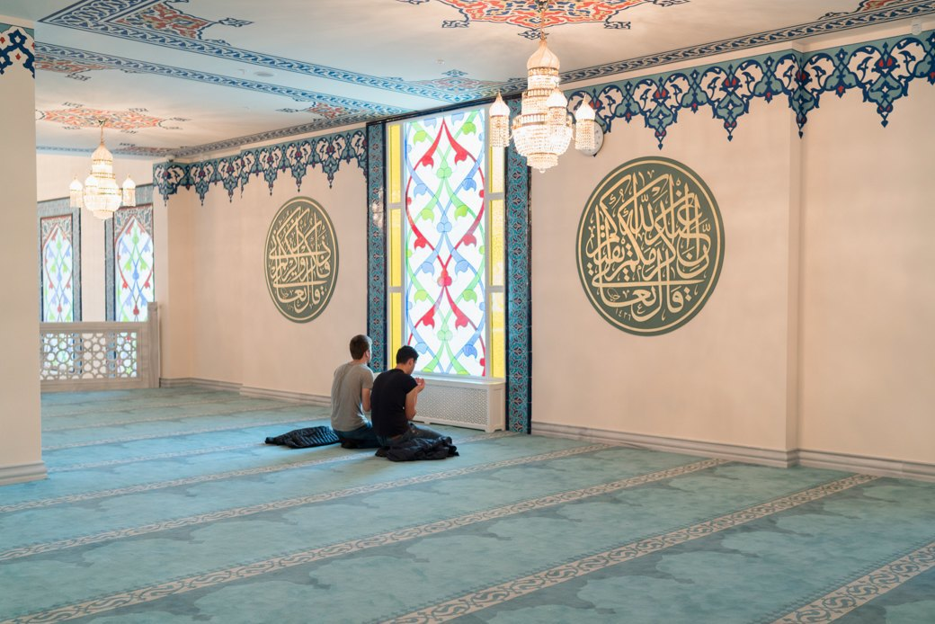 80-метровые минареты иместо для 10тысяч верующих — как выглядит Московская Соборная мечеть. Изображение № 14.