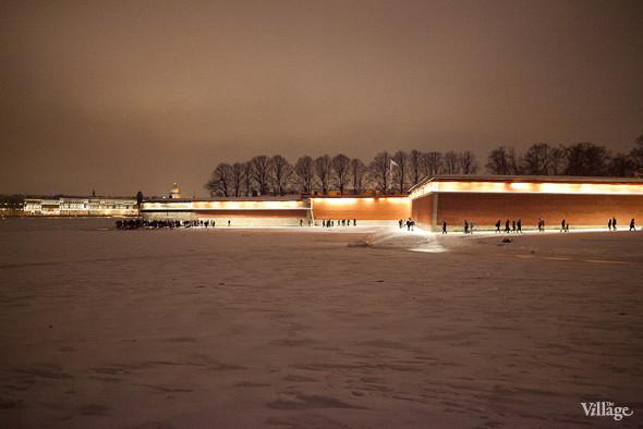 Фоторепортаж: Крещенское купание в Петербурге. Изображение № 17.