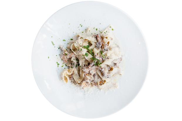 Сезонное меню: Блюда с лисичками в ресторанах Петербурга. Изображение №25.