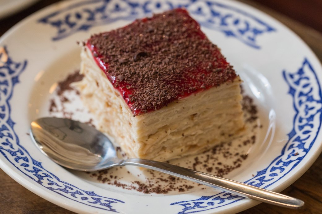 Вкус соснового леса и чёрный чеснок: Самые необычные десерты Петербурга . Изображение № 6.