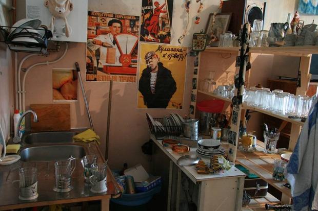 Хостел «Дом Off» закрывается и распродаёт мебель. Изображение № 2.
