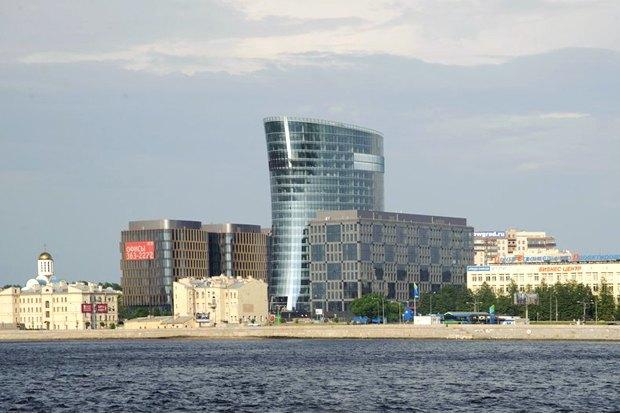 Строиться по одному: 12удачных примеров современной петербургской архитектуры. Изображение № 13.