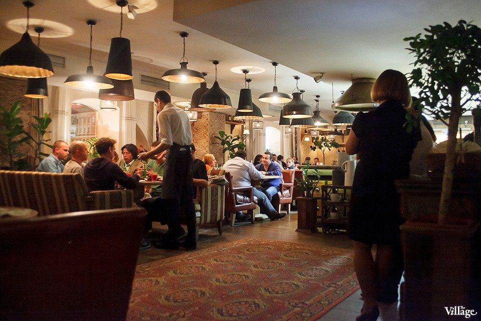 От заката до рассвета: 24 места, где можно поесть ночью в Петербурге. Изображение № 32.