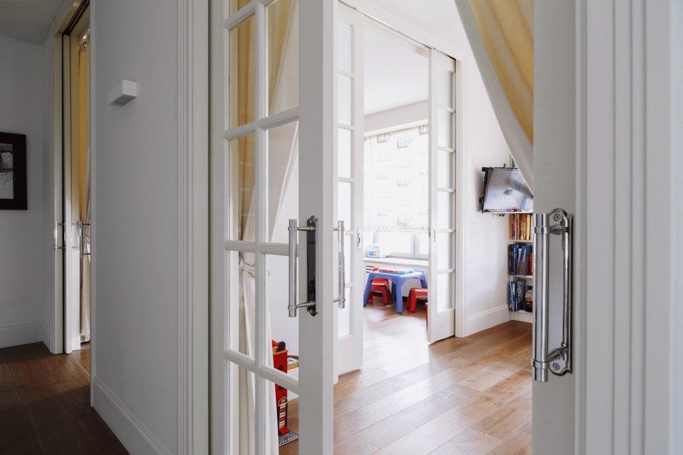 Четырёкомнатная квартира в американском стиле для семьи сдвумя детьми. Изображение № 33.