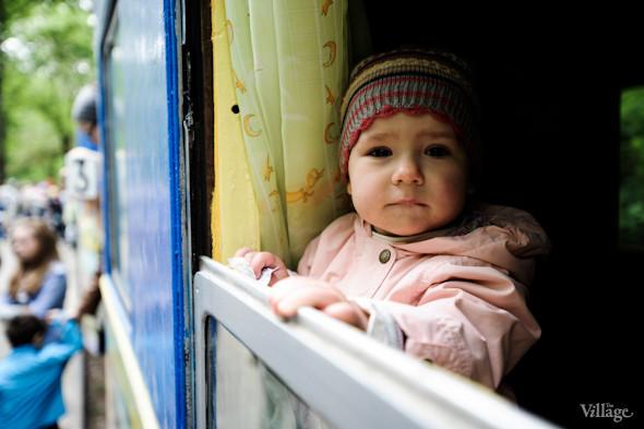 Фоторепортаж: В Киеве открылся сезон на детской железной дороге. Зображення № 38.