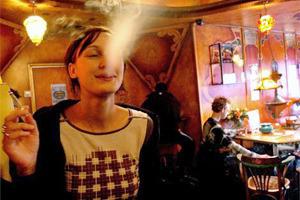 Бездымное поведение: Как рестораторы готовятся к запрету курения . Изображение № 15.