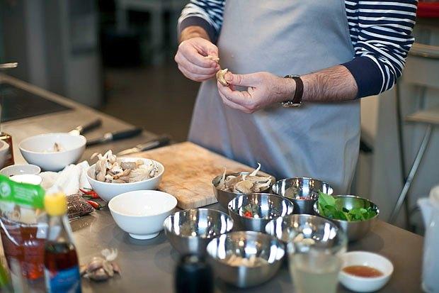 Шеф дома: Том ям и сашими из тунца Геннадия Иозефавичуса. Изображение № 35.