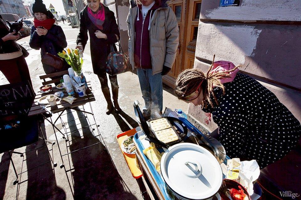 Фоторепортаж: Как открыть своё временное кафе на улице. Изображение № 7.